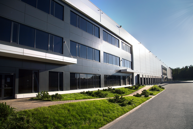 PNK Group возведет для компании «АШАН Ритейл Россия» распределительный центр площадью 30 тыс. кв. м в Екатеринбурге.