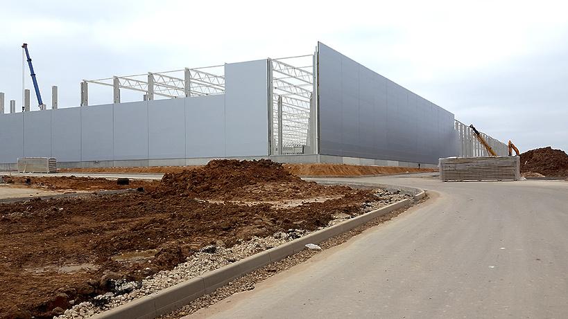 В Наро-Фоминском районе строительство нового складского корпуса идет с опережением графика